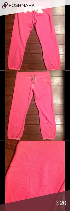 Victoria Secret Capris M! Good used condition, there is a tiny spot on the leg as shown in picture. No trades, bundle and save!! PINK Victoria's Secret Pants Capris