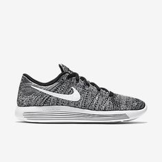 Nike LunarEpic Low Flyknit Men\u0027s Running Shoe