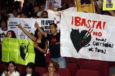 #DESTACADAS:  Congreso de Veracruz revierte prohibición de corridas de toros y peleas de gallos - proceso.com.mx