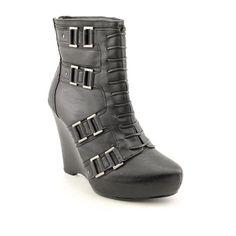 Carlos Santana Urge Womens Size 9.5 Black Fashion Ankle Boots Carlos by Carlos Santana. Orig  price: $149.00. Your price: $59.95.  http://www.amazon.com/dp/B005SQ4HKU/ref=cm_sw_r_pi_dp_kQmkub1NM3DW6