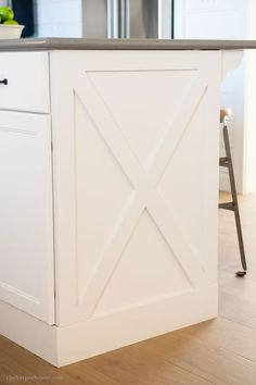 Kitchen ideas: diy kitchen cabinet x style detail from our fixer upper farmhouse kitchen reveal Diy Kitchen Cabinets, Kitchen Redo, New Kitchen, Kitchen Ideas, Shaker Cabinets, Rustic Cabinets, Antique Cabinets, Wood Cabinets, Kitchen Makeovers