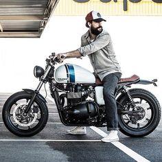 Article du blog des Smootards Lurrons - Les passionnés de la culture Moto & Scooter avec un soupçon d'humour et de dérision