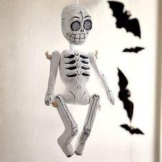 New Hanging Skeleton