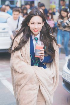 Twice-Nayeon 180427 KBS Music Bank