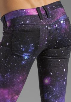 Wash Galaxy  FRANKIE B. JEANS  My BFF Jegging Just imagine with baggy gray sweater- cute!