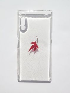 Annys workshop, Handmade phone case, Pressed leaves with nature, iphone Sony XZ, Maple Leaf Pressed Leaves, Real Flowers, Sony Xperia, Iphone 6, Workshop, Phone Cases, Nature, Handmade, Atelier