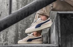 PUMA SUEDE CLASSIC ARCHIVE BIRCH   PEACOAT SNEAKERS IN ALL SIZES  PUMA   RunningShoes e92a12d2d