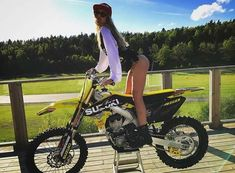 Image may contain: one or more people, motorcycle, outdoor and nature Kawasaki Dirt Bikes, Ktm Dirt Bikes, Biker Chick Outfit, Motocross Girls, Enduro Motorcycle, Dirt Bike Girl, Motorbike Girl, Husqvarna, Hot Bikes