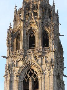 Cathédrale de Chartres (la dentelle en pierre) Centre