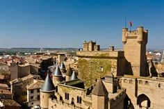 Olite is a town and municipality located in the province and autonomous community of Navarre, northern Spain. Medieval Town, Medieval Castle, Ronda Malaga, Castle In The Sky, Beautiful Castles, Place Of Worship, Moorish, Willis Tower, San Francisco Skyline