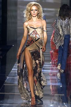 Roberto Cavalli Spring 2004 Ready-to-Wear Fashion Show: Complete Collection - Style.com