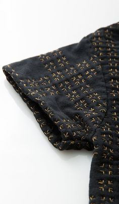 Embroidered sleeve detail with micro tile pattern; sewing; stitching; textiles; fashion design detail // Alabama Chanin