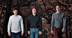 Cosa ascoltano Il Triangolo mentre sono in tour? Ascolta il loro Mixtape Furgone. #music #playlist