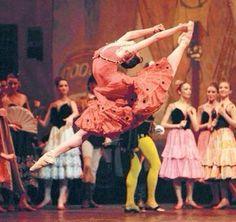 photos of ballerina gelsey kirkland - Bing Images Shall We Dance, Lets Dance, Ballerina Dancing, Ballet Dancers, Ballet Costumes, Dance Costumes, Julie Kent, Edgar Degas, Dance Pictures