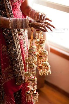 Beautiful  bridal hand !!