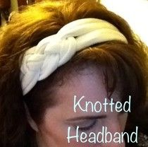 Knotted headband from knit fabric (T-shirts!) on Homemade Mamas (via Craft Gossip).