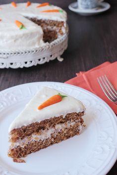 Pastel de zanahoria o pastel de zanahoria en Thermomix - Postres - Carrot Cake Cheesecake, Salty Cake, Baking Tins, Savoury Cake, Mini Cakes, Clean Eating Snacks, Cake Recipes, Cooking Recipes, Cheesecake Recipes