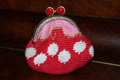Handmade by Alpenkatzen Coin Purse, Wallet, Purses, Gold, Handmade, Crafts, Little Miss, Knitting And Crocheting, Dime Bags