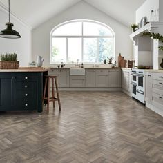 Karndean Natural Wood Effect Flooring   LVT Inspired by Real Wood