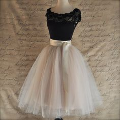 Jupon en tulle : Elegant Prom Dress,Short Prom Gown Party Dress,Homecoming Dress from fashiondressee Elegant Prom Dresses, Chiffon Evening Dresses, Homecoming Dresses, Short Dresses, Formal Dresses, Dress Prom, Pretty Outfits, Pretty Dresses, Beautiful Dresses
