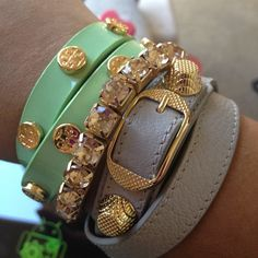 Love this combo! I need more skinny bracelets.