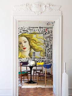 POP ART version of Venus in Botticelli's Birth of Venus of the Renaissance Era, with some graffiti art surrounding it. Reinforcing the POP ART theme i… - Sites new Contemporary Wallpaper, Contemporary Decor, Modern Art, Modern Lamps, Midcentury Modern, Estilo Kitsch, Graffiti Kunst, Ok Design, Wall Design