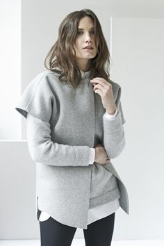 This Is Lazy-Girl Chic At Its Finest #refinery29  http://www.refinery29.com/ayr#slide11