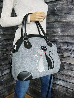 Plus de sacs disponibles dans ma boutique: https://www.etsy.com/shop/BPStudioDesign NOUVEAU bas prix - 20 %-feutre sac sac chat, femme feutre Sac élégant et stylé en feutre de qualité et simili cuir avec broderie. Le sac est grand et léger - idéal pour transporter le tout dans