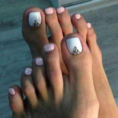 We have found the Best Toe Nail Art! Below you will find 53 Best Toe Nail Art Designs for Keeping your toes polished is a must, especially during the warmer seasons because you are likely wearing open toed shoes or flip flops. Being creative with yo Simple Toe Nails, Pretty Toe Nails, Cute Toe Nails, Summer Toe Nails, Pretty Toes, Toe Nail Designs Simple, Summer Pedicures, Glitter Toe Nails, Cute Pedicures