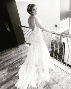 B L A C K ... W H I T E... B R I D E...��Başak Kuaför & Makyaj ✌#wedding #gelinsaci #gelinmakyaji #weddingdress #bridalhair #bridalmakeup #bridalfashion #gelintopuzu #smokeeyes #weddingmakeup #mac #bridal #bride #instamua #mua #makyaj #makeupartist #dugunsaci #makeup #instabride #weddingday #basakkuafor #yasemindoganer #gelincicegi #gelinlik #hair #porselenmakyaj #kryolan #makyajstudyosu #weddinghair http://gelinshop.com/ipost/1499383897620201403/?code=BTO4bX3l7-7