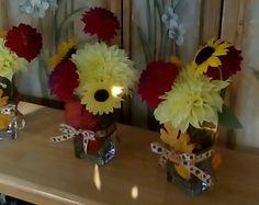 R. Imgrund DIY flower arrangement in vase for gifts