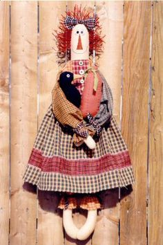 Fabric patterns Primitive Doll Patterns, Primitive Crafts, Primitive Snowmen, Primitive Christmas, Country Christmas, Christmas Christmas, Ann Doll, Raggedy Ann And Andy, Sewing Dolls
