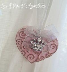 Coeur  Shabby Chic à suspendre en plâtre breloque couronne