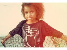 Mini & Maximus Heart Hands Fashion Tee