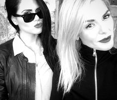 Cool sisters ❤️ Round Sunglasses, Sunglasses Women, Sisters, Action, Cool Stuff, Style, Swag, Group Action, Daughters