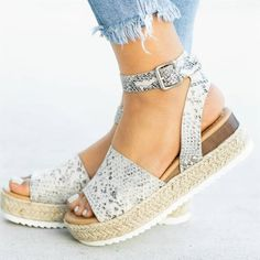 Summer Platform Sandals Comfy Wedges Shoes for Women High Heels Sandals Female Black Chaussures Femme Zapatillas Mujer 2019 Jelly Shoes, Jelly Sandals, Wedge Sandals, Wedge Shoes, Summer Sandals, Heeled Sandals, Sandal Wedges, Espadrille Sandals, Flat Shoes