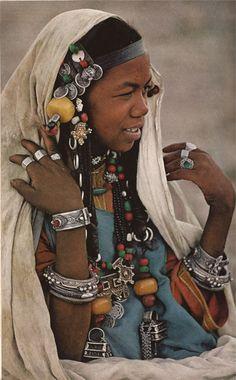 Beautiful Jewelry... (Source: johnny-remember-me, via cosmic-seduction)