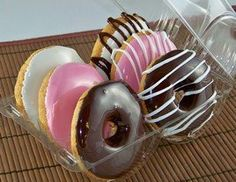 Real Looking Faux Set of 6 Assorted Flavors Donuts. Welcome to our fake food kitchen! It looks good enough to eat. Leave the donuts on a plate - sooner or later someone is going to bite into it! Pretend Play Kitchen, Play Kitchen Sets, Toy Kitchen, Fake Cake, Time Kids, Fake Food, Good Enough To Eat, Play Food, Birthday Presents