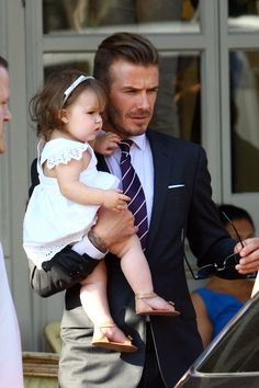 Harper Beckham Hits London With Victoria & David (PHOTOS)