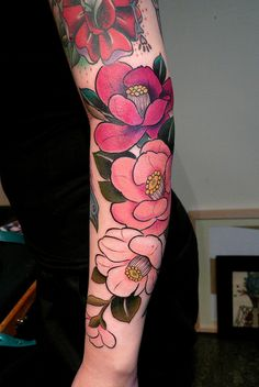 beautiful ~ I'd love to have an arm like this. :)