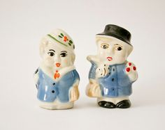 this is so cute! Vintage ceramic Funny Couple Salt and Pepper man by @ilivevintageIT on #Etsy