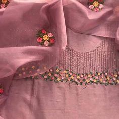 Embroidery On Kurtis, Kurti Embroidery Design, Hand Embroidery Dress, Hand Embroidery Videos, Embroidery On Clothes, Flower Embroidery Designs, Couture Embroidery, Modern Embroidery, Embroidery Stitches