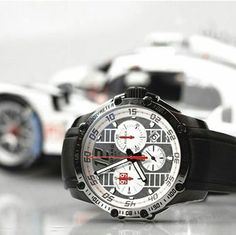 Discover our #Superfast Chrono Porsche 919, a unique piece with a sleek and…