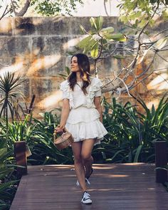 The little white summer dress edit. A summer look perfect for a tropical vacay that I plan to keep wearing over and over. White Dress Summer, Little White Dresses, Summer Dresses, Australian Fashion, Cold Day, White Fashion, Summer Looks, Blouse, Silk Dress