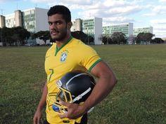 A CARA DE VITÓRIA: CURIOSIDADES: Hulk de Brasília atrai mulheres, fat...