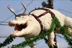 Only in Louisiana: 'Cajun Christmas' display of shrimp boat sleigh with 'reingators' returns - NOLA Weekend Outdoor Christmas Decorations, Diy Christmas Ornaments, Christmas Holidays, Christmas Wreaths, Holiday Decor, Christmas 2019, Happy Holidays, Holiday Ideas, Merry Christmas