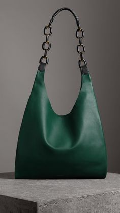 two-tone shopper burberry Tote Handbags, Purses And Handbags, Leather Handbags, Leather Bags Handmade, Handmade Bags, Quilted Tote Bags, Leather Accessories, Fashion Bags, Style