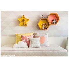 •• • bom dia com esse quartinho fofura ⭐️ • Projeto @dudasennahomedecor // Produção @apto41 & DS // Foto @ataphotograph • • #apto41inspira #homedecor #decor #home #decoracao #decoração #interiorstyle #interior #apto41emação #apto41kids #apto41kidsroom #kidsroom #kids