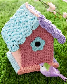 Pick up or make your own birdhouse and yarn-bomb that baby! This pattern includes helpful math tips in case your birdhouse's dimensions differ from the example. Shown in lily Sugar'n Cream. #crochet