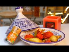 Choumicha : Poulet M'qalli à la confiture de citrouille (VF) Moroccan Couscous, Hot Sauce Bottles, Cake Recipes, Strawberry, Fruit, Food, Awesome, Marinated Chicken, Sunflower Oil